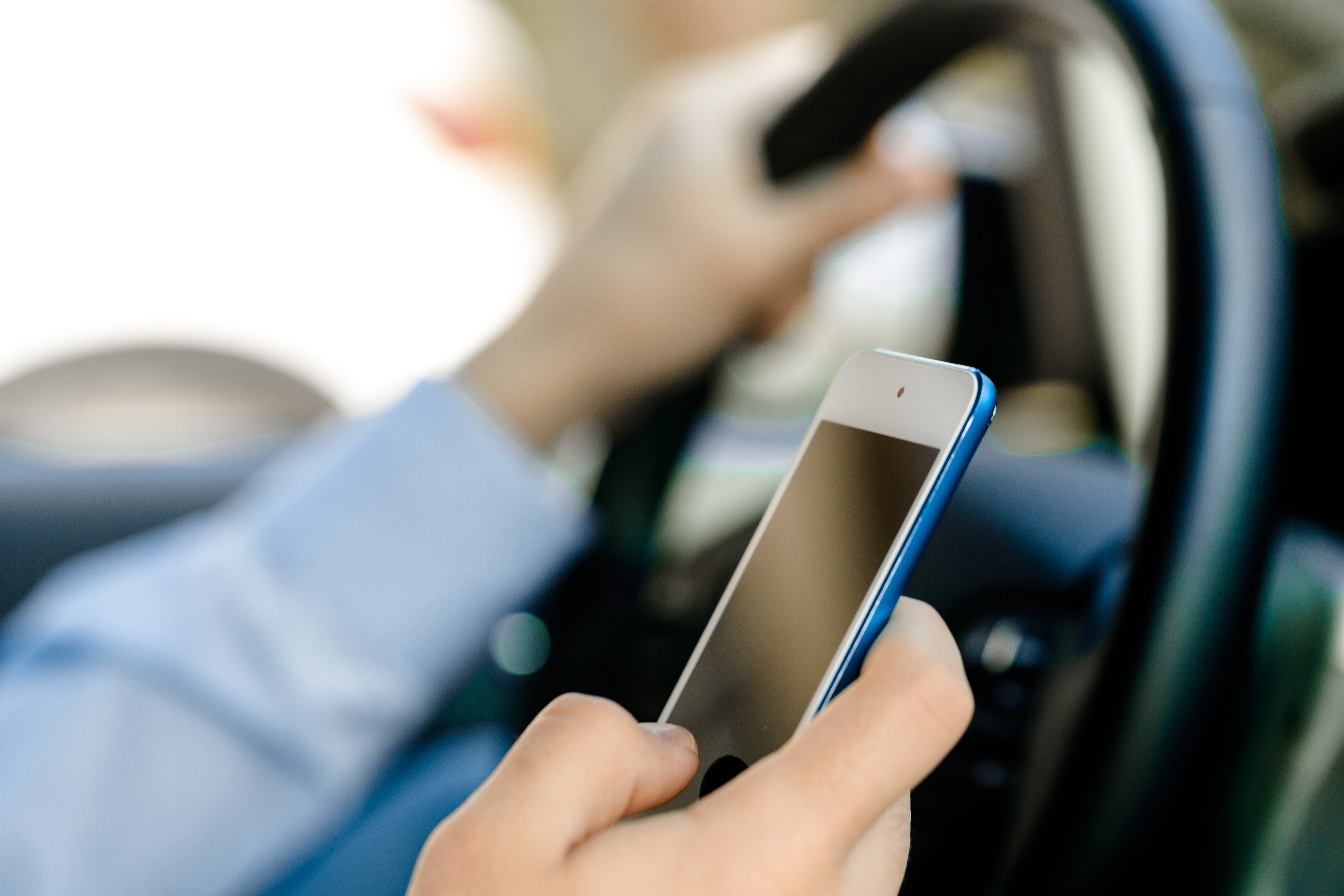 cell phone use while driving Press release approximately 250 law enforcement agencies across california ticketed more than 46,000 drivers using a cell phone.