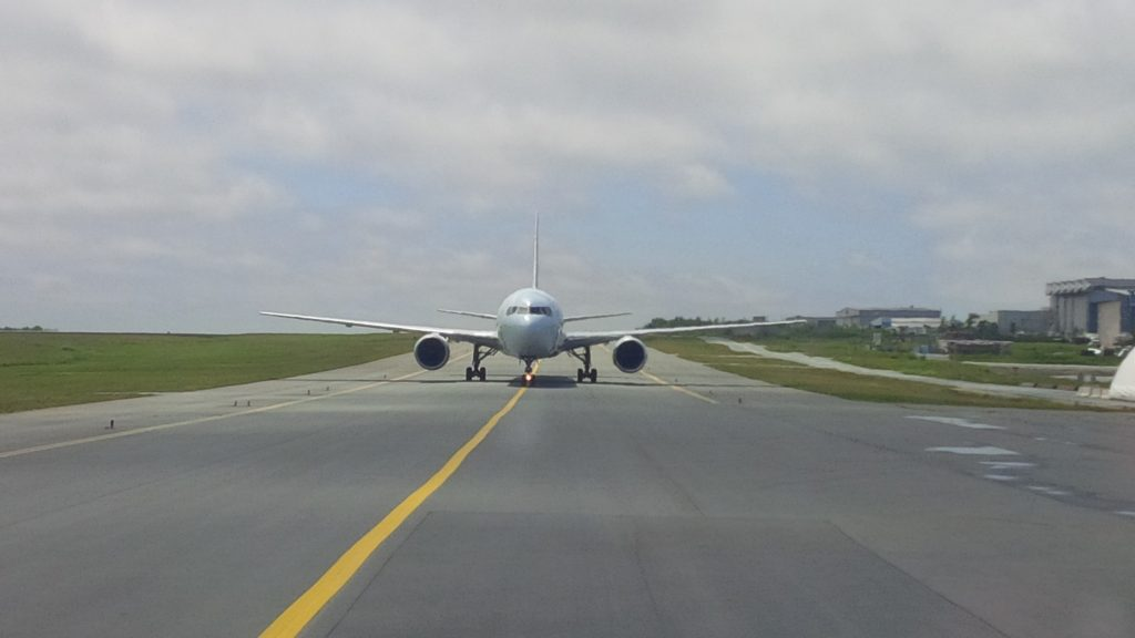 Ein Flugzeug nach der Landung am Halifax Stanfield International Airport. Foto (C) Meghan Groff/HalifaxToday.ca